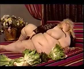 Fat Whore Gets a Facial Apetube Jepun