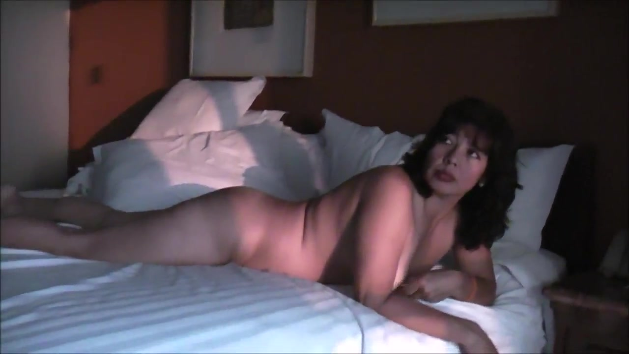 MY WIFE SHOWING HIS THINGS FOR YOU lesbian with my friends mom
