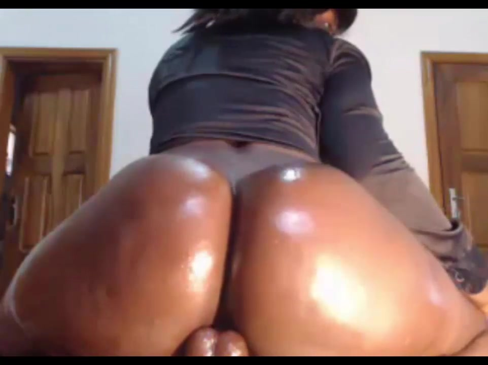 Oiled Phat Ass Ebony Riding How often talk when first hookup