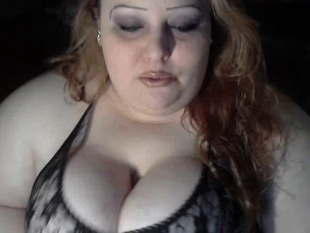 VannyCox - Jerk Off it for me! Chubby fat mature