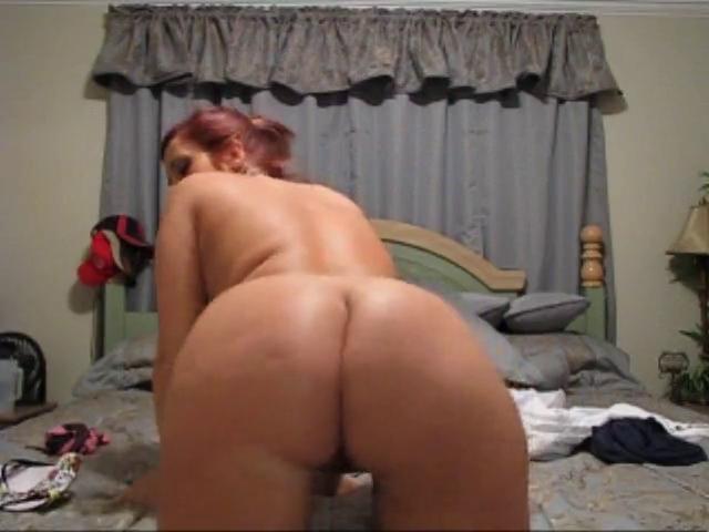 Dilettante Sweetheart Widens Legs and Shakes Alyssa milano fake porn gif