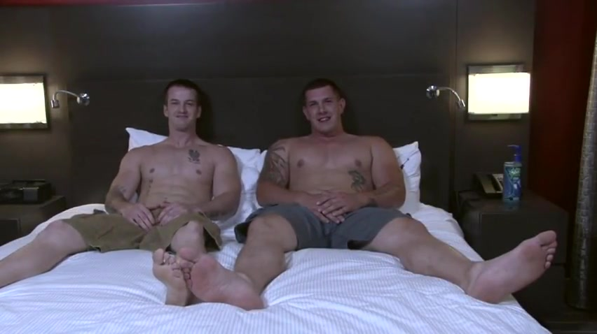 QUENTIN & JEREMY Matured woman naked