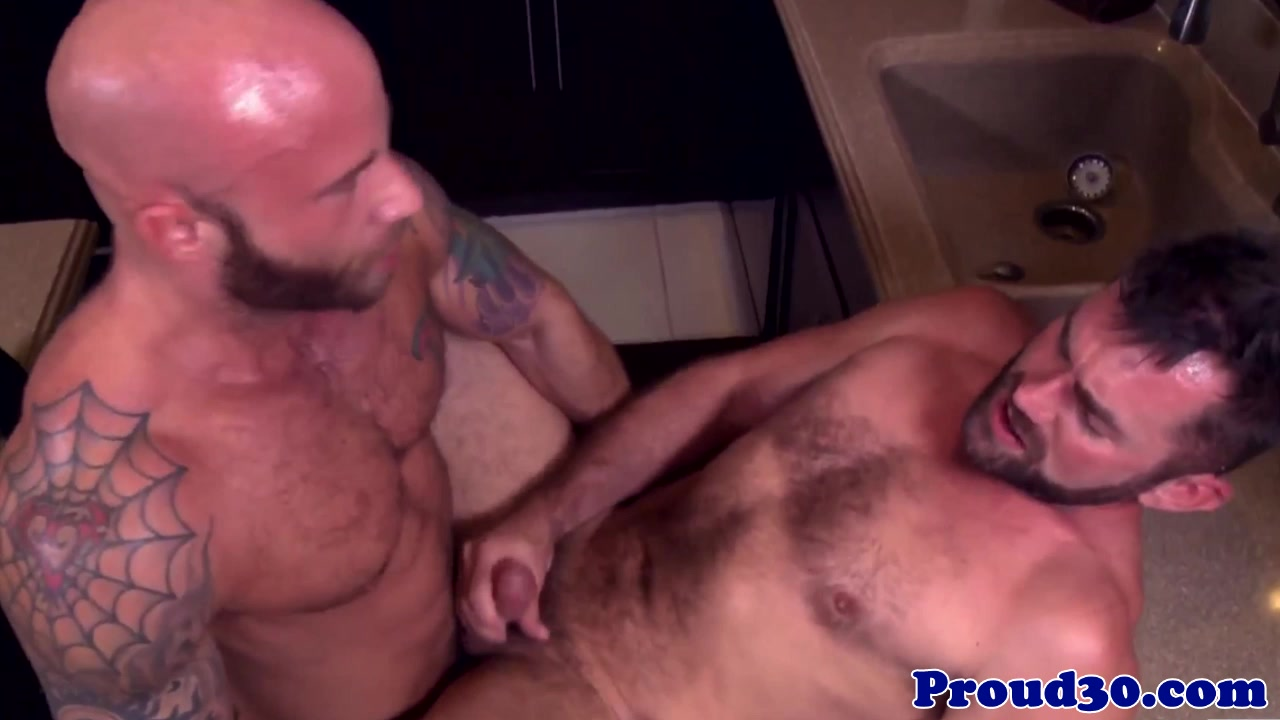 Mature hunk rims bear before assfucking Adult download streaming video