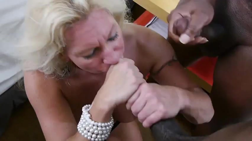 Blonde mature get junior gay fuck Tits bouncing while fucked gif