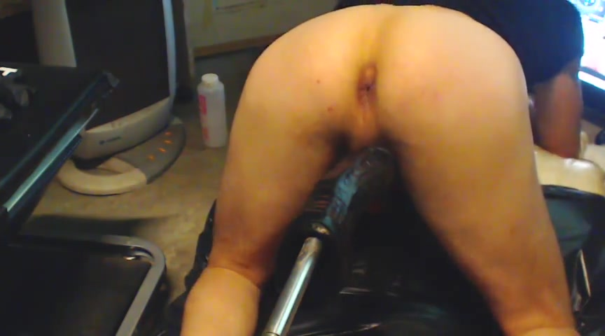 Fist 2 Hot lesbians masturbation with their toys
