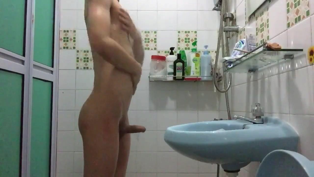 Asian Chinese twink showering Jewish sex blowjob