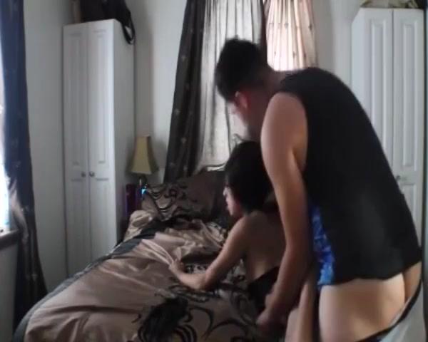 Girlfriend Slut Homemade Girl sucks fat cock