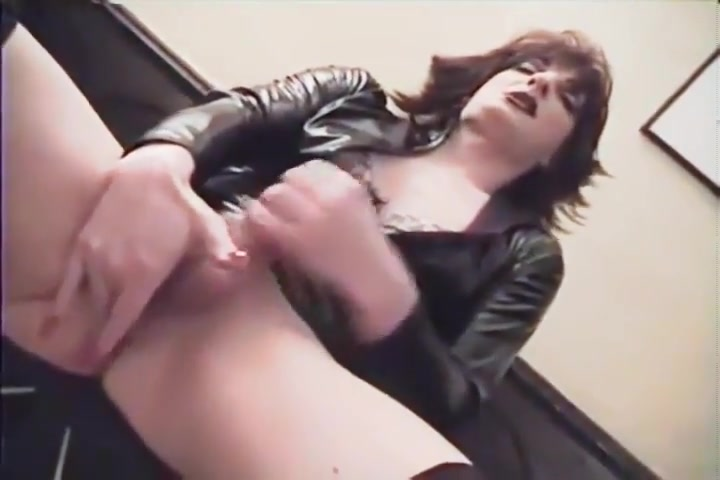 Transexual Heaven Amateur wife homemade blowjob