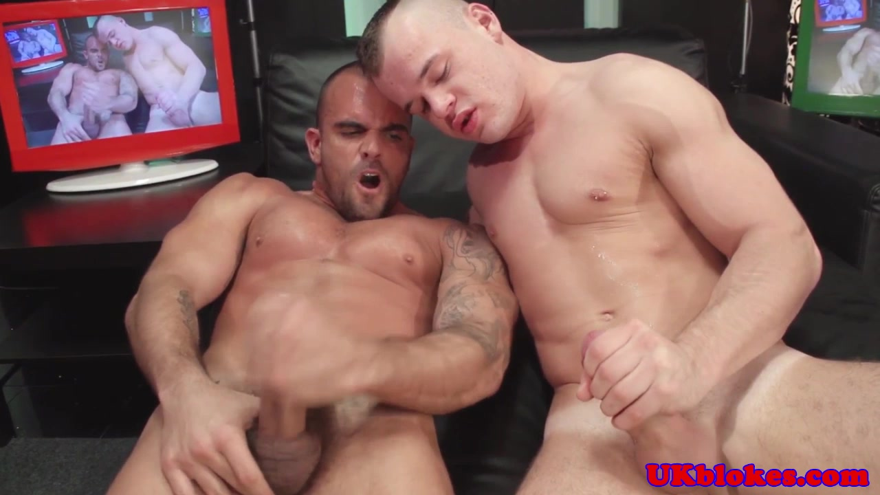 British hunk assfucks before blowing load How to shave pubic hair girls