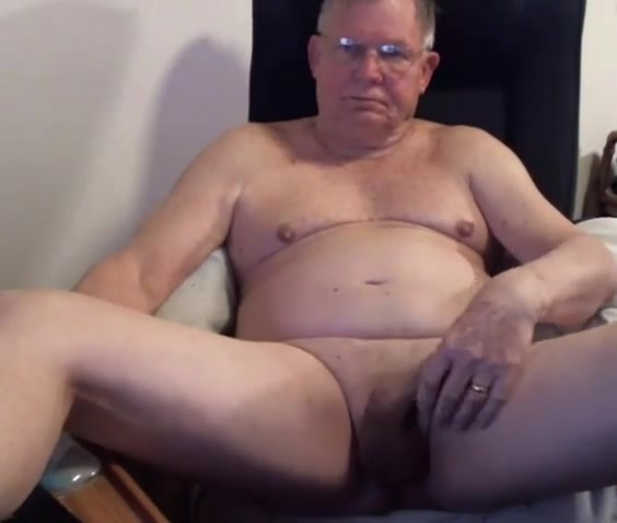 grandpa strok on cam (no cum) Naked people at the beach