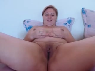 Friendly thick crumpet fervently fingers her juicy patty Busty les newbie eats out