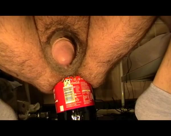 1st try 68oz bottle insertion - 1. Versuch 2L Flasche anal Teens love huge cooks