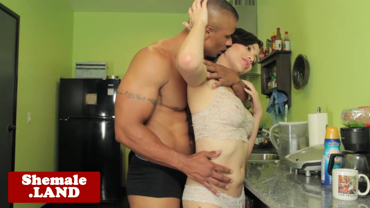 Trans Luna Rose assfucked on kitchen counter Woman sex in Hudur