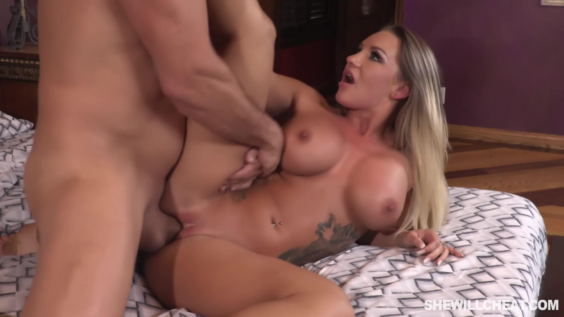 Anal Lover Cali Carter Cucks Her Husband Over Phone