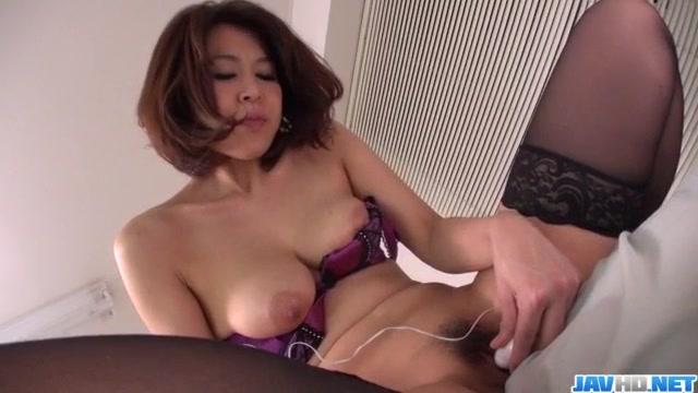 Extreme porn moments for slutty Erika Nishino Voyeur public shot pics