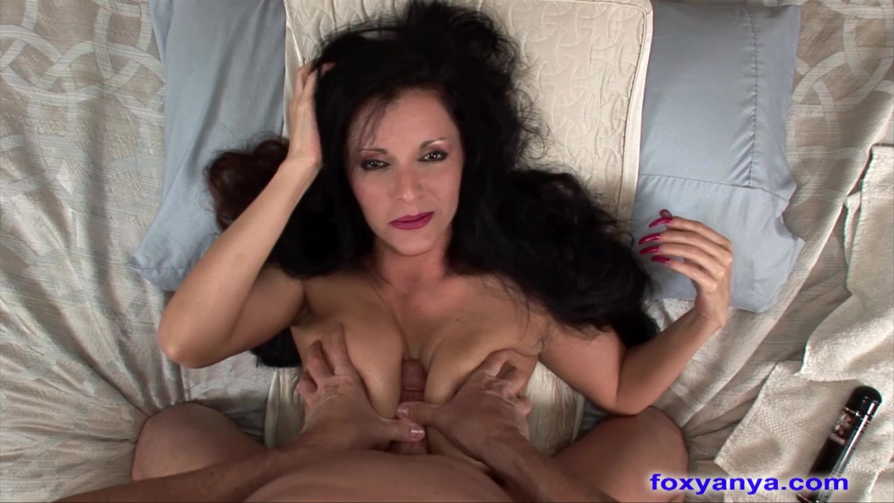 Beautiful MILF Sucks And Rides Cock Best hookup sites in the world 2020