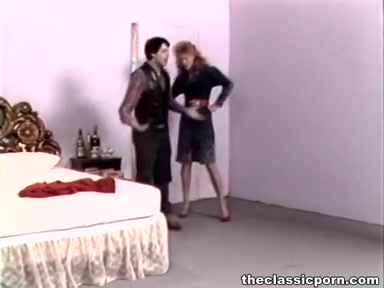 Retro wife in high heels wild fuck