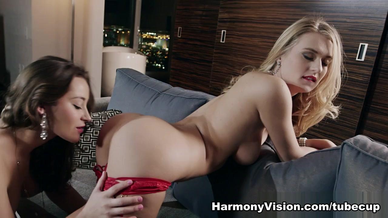 Natalia Starr & Dani Daniels in Pussy Licking Fiesta - HarmonyVision Pink sock anus