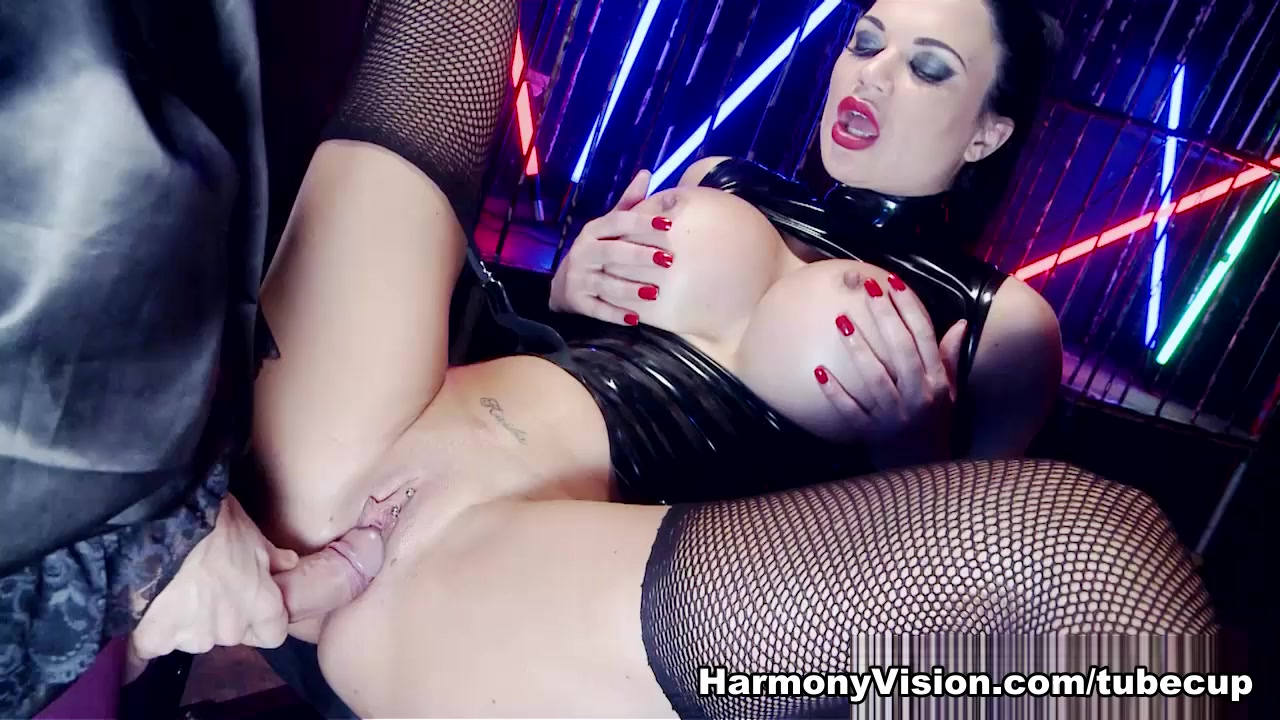 Jasmine Jae in Beasts - HarmonyVision Intersex nudist