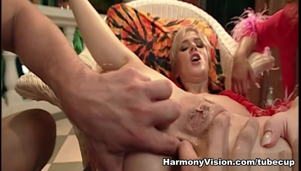Angel Dark & Jane Darling in Sharing The Load - HarmonyVision Free adult sex personals in Puttalan