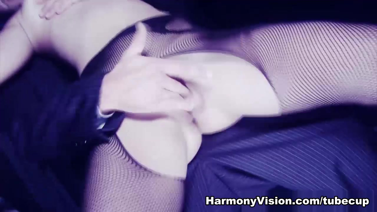 Coco Charnelle in Street Smart Whore - HarmonyVision