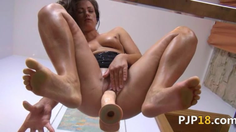 Ultra sexy vagina dildoing on the glass Www indain pron com
