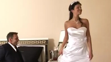 Bride gets fucked in her beautiful white wedding dress Most pretty naked girls
