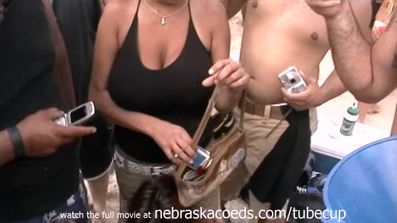 beach party in texas with girls flashing boobs