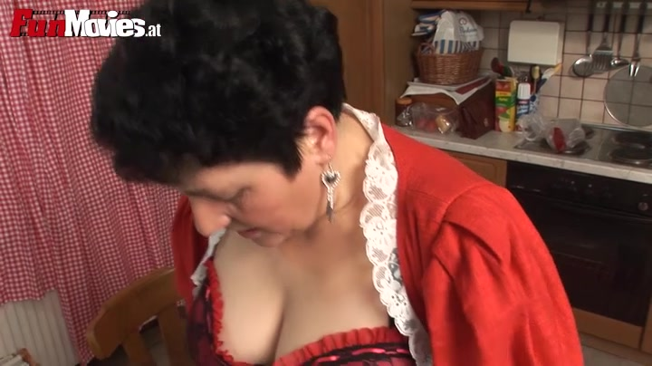 Romana,Gunid Moll in FunMovies video:Strapon Amateurs Big Booty Homemade Anal