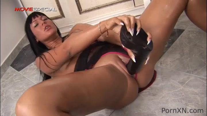 Tamara in PornXN video:Huge Insertion