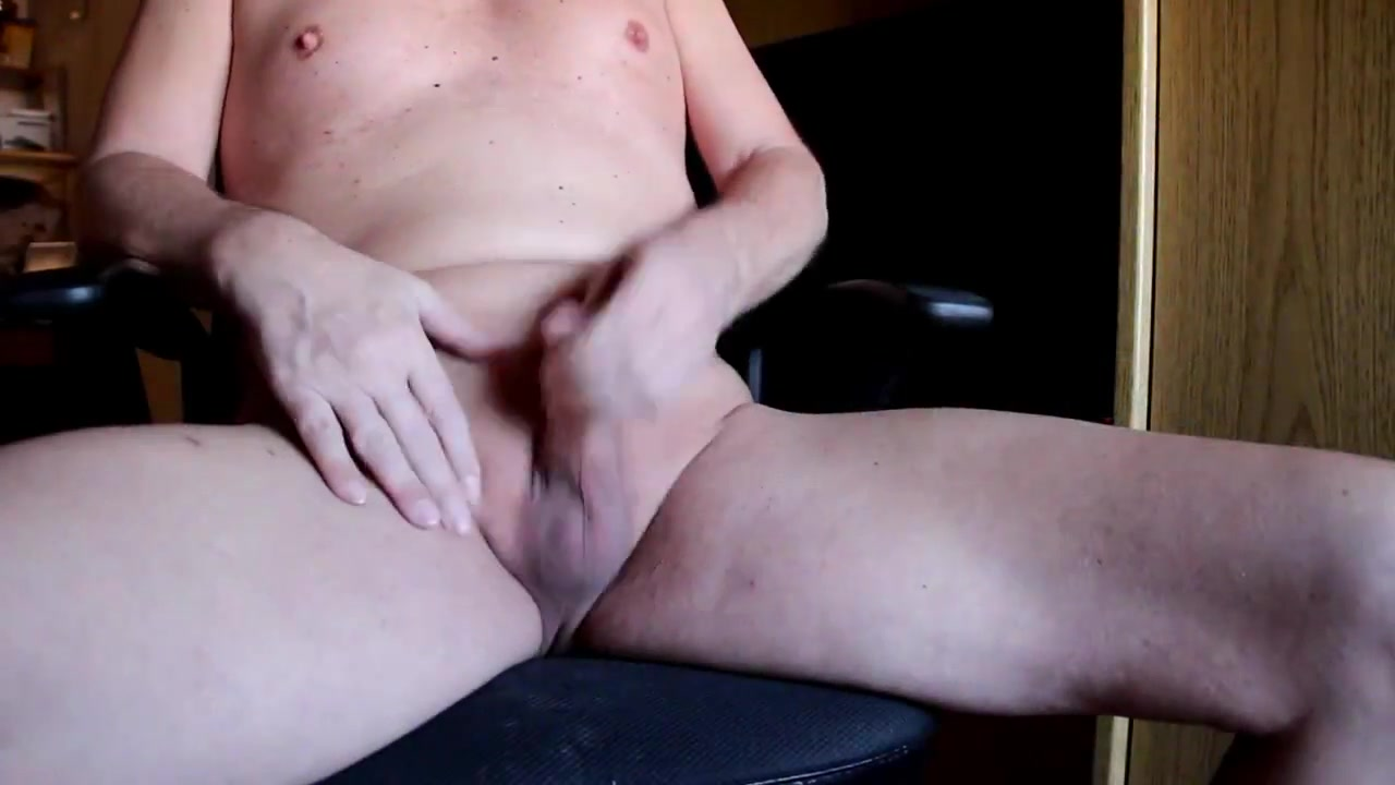 Wichssession im Arbeitszimmer Chunky pussy spreads