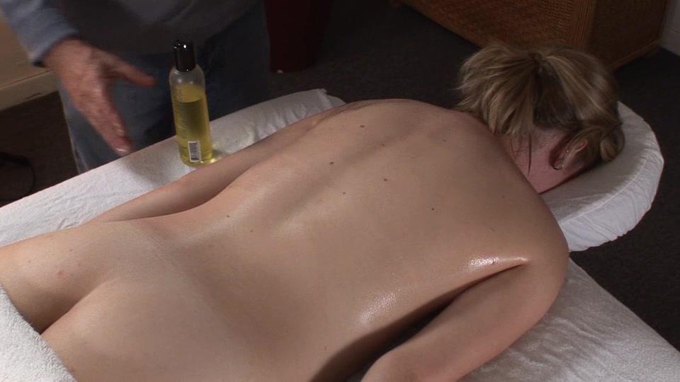 Little Mutt Video: Brandy Alexander - Massage