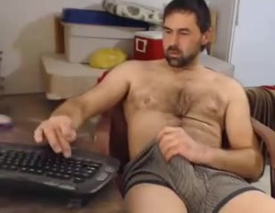 daddy bulge on cam thrown my pantyhose away