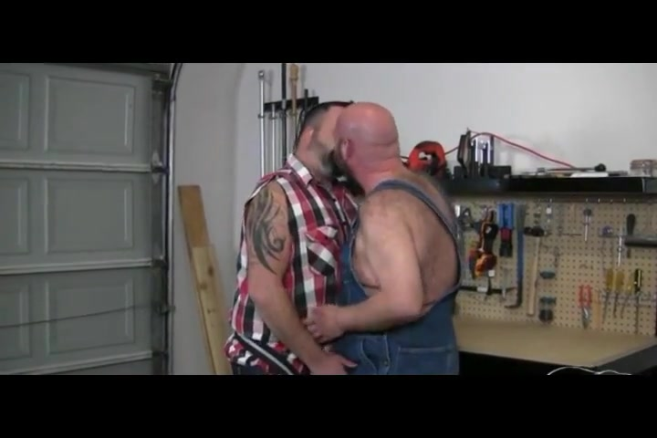 bears in garage Extreme bbw fisting