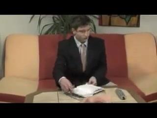 junior Guys 3Way In the Office mujeres cachondas videos gratis