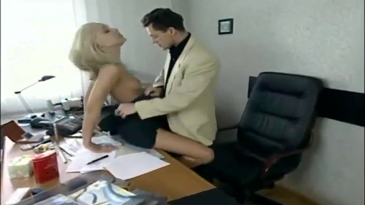 French Nice Office Sex Movies # 05 How to tell if your brothers friend likes you