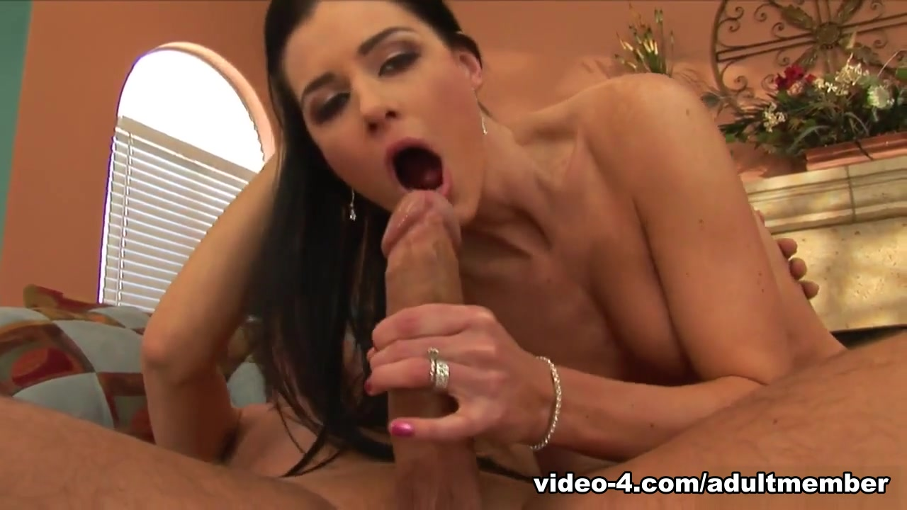 India Summer Begs For Her Orgasmic Release - AdultMemberZone