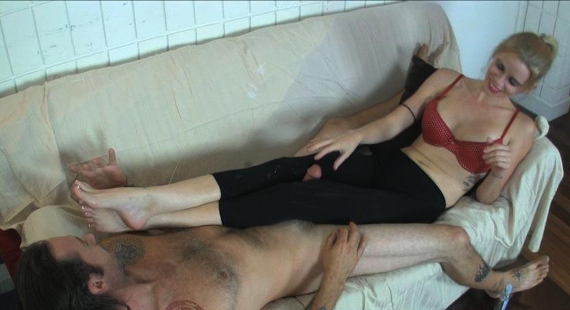 Vanessa Vixon Torments her Boyfriend with CBT Fun for Days - MeanHandJobs Friend as sperm donor