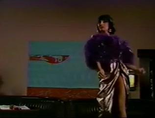 Retro T-Girl Hawt Dance muscle gallery michael lee