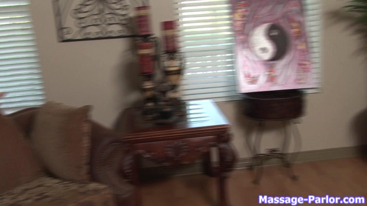 Massage-Parlor: Welcome To America Girl loosing video virgin virginity
