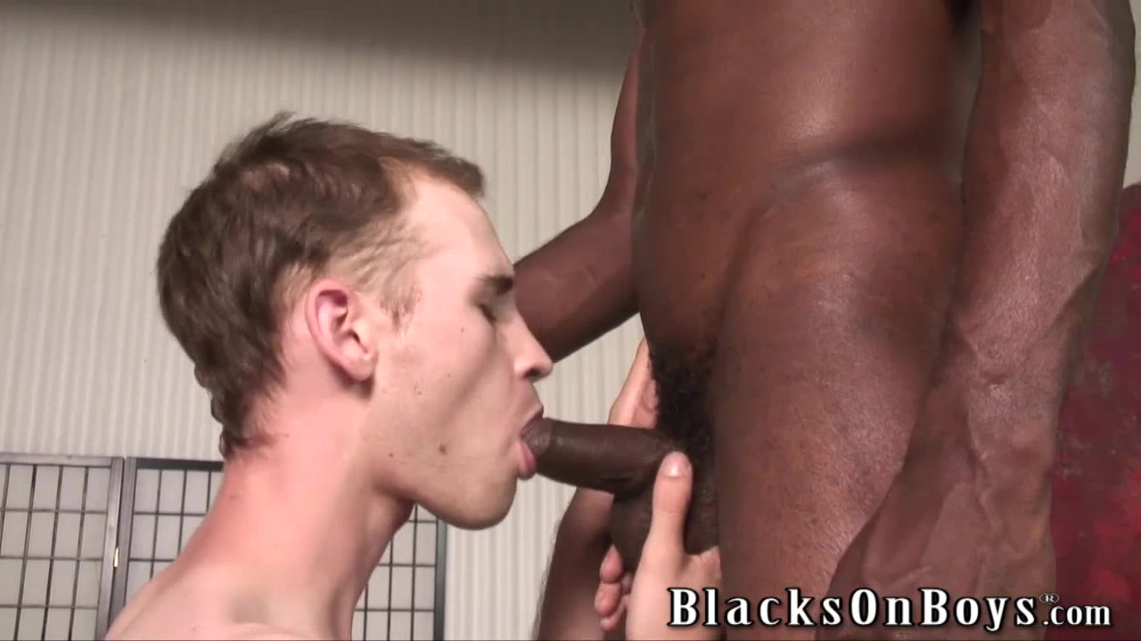 Bareback addict white guy getting assfucked by a black dude Xxxvibiy Jagalm