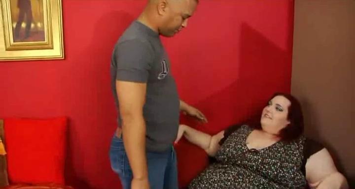 ssbbw copulates a miniature fella College girl lusting for her friend