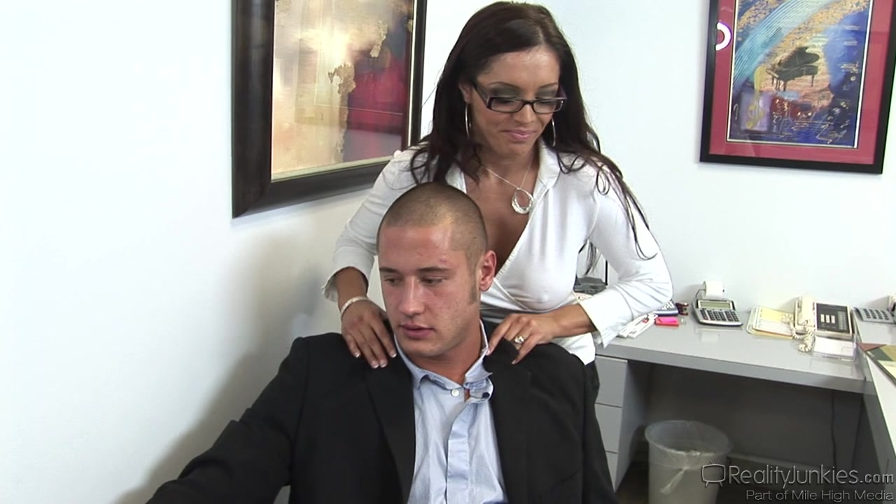 Sexy brunette with hairy cunt does professional blowjob hormone medication for breast growth