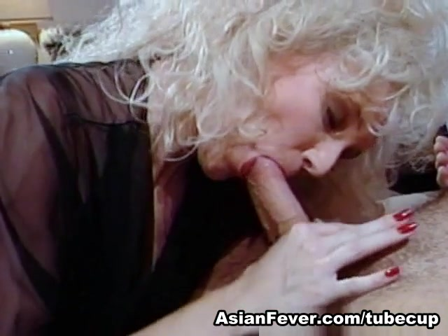 Melanie Moore in Bodacious Buns - AsianFever Online free lesbian hardcore porn