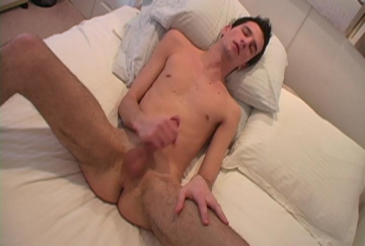 Hung Twink Zack Walton Jacks Off - HotBoyUsa Virgin pussy in thong