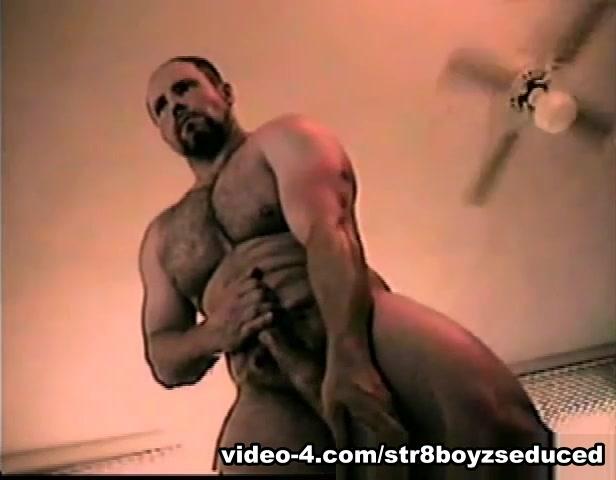 Penis Pumping Amateur Straight Boy Buck - Str8BoyzSeduced nude wet t shirt contest videos