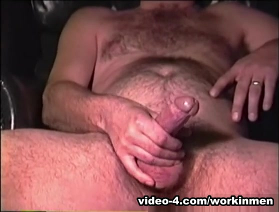 Amateur Mature Man David Beats Off and Cums - WorkinMenXxx Sensual jane czeching out prague download