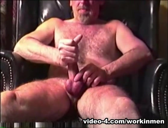 Amateur Mature Man Deacon Beats Off - WorkinMenXxx lovers video songs free download hd