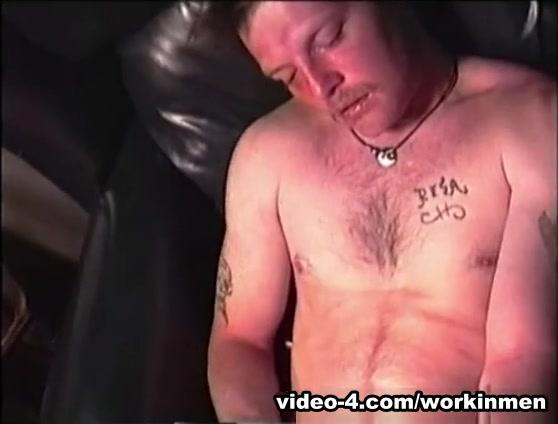 Mature Amateur Darryll Stroking Off - WorkinMenXxx white men and black women sex xxx