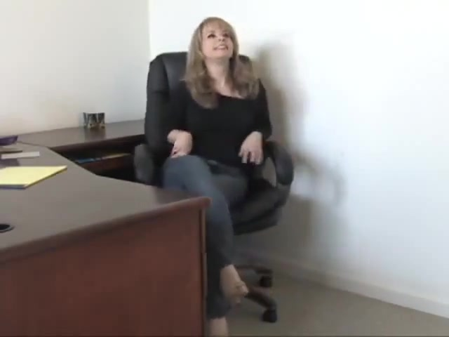 Snooping secretary deepthroat huge cocks xxx